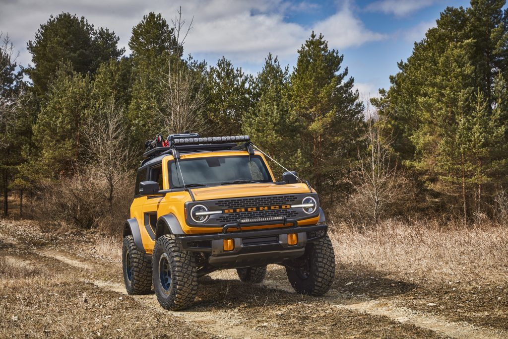 2021 Ford Bronco Two Door Front Three-Quarter