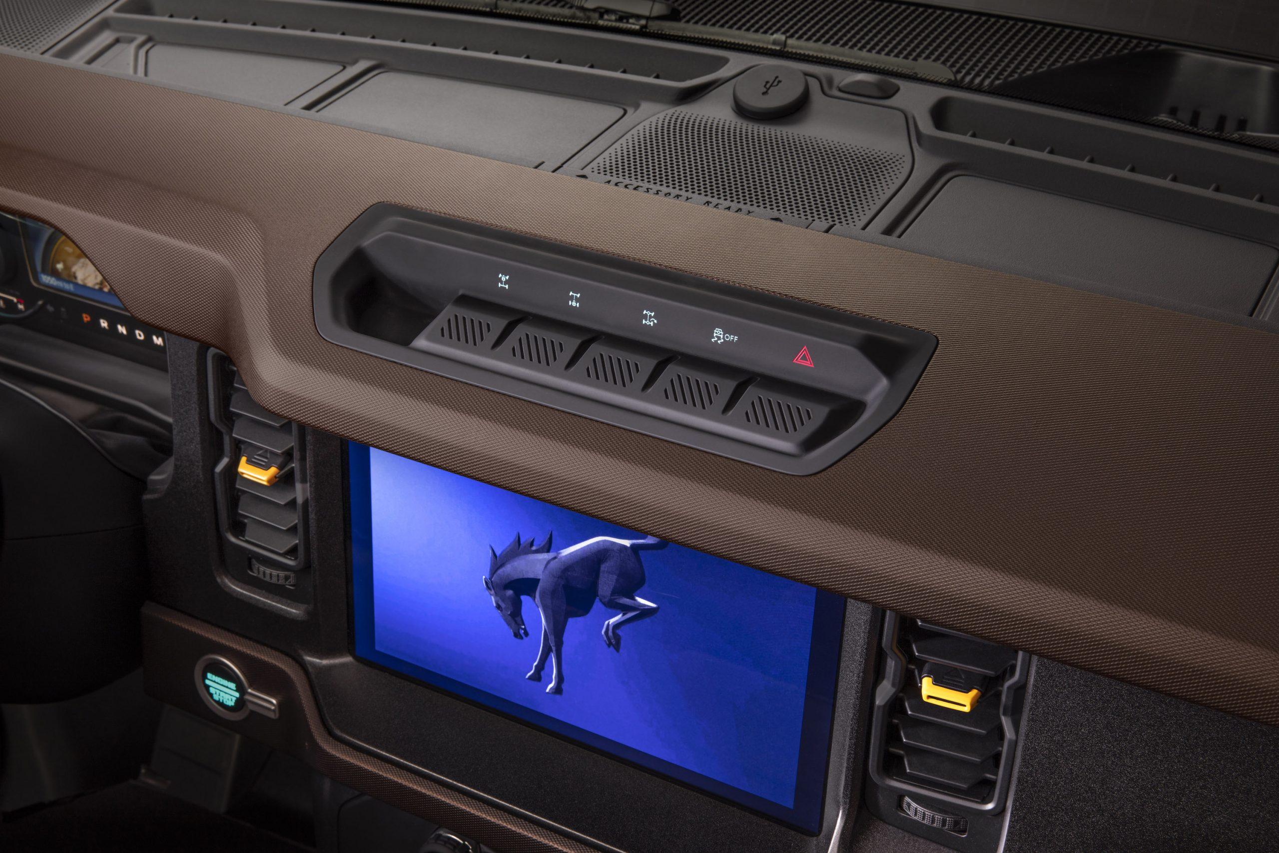 2021 Ford Bronco Two Door Dash Screen