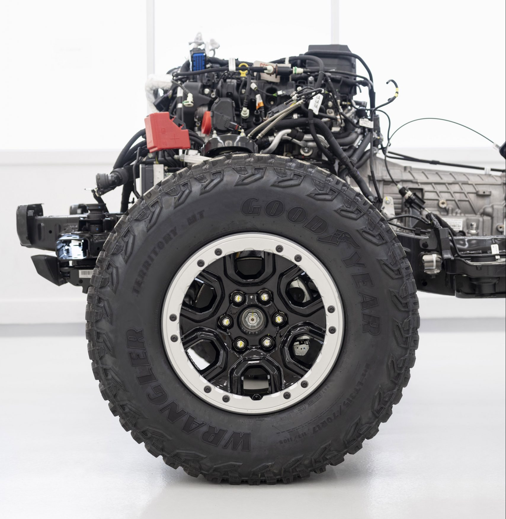 2021 Ford Bronco Front Chassis and Engine Side Profile