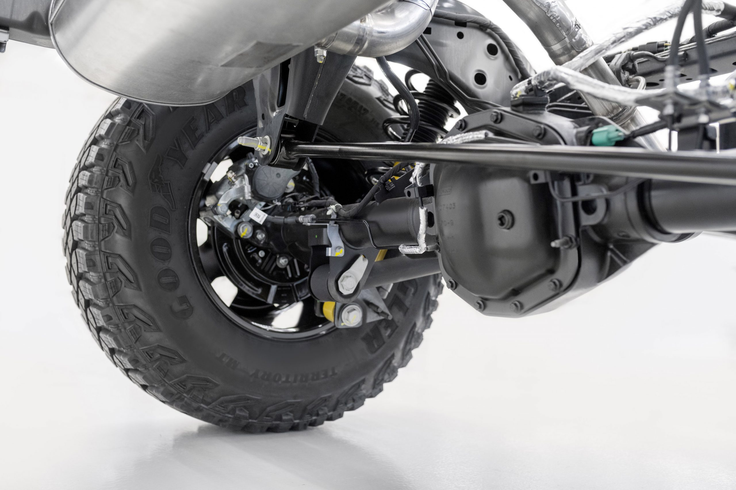 2021 Ford Bronco Rear Axle and Wheel