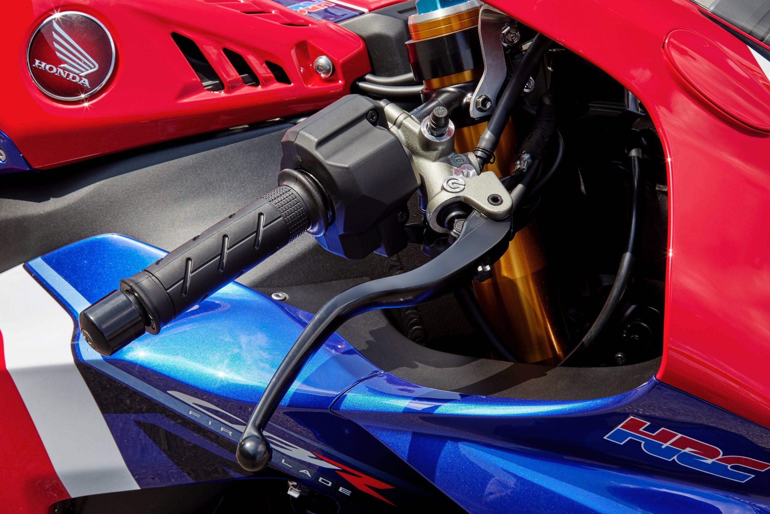 21 Honda CBR1000RR-R Fireblade SP R handlebar