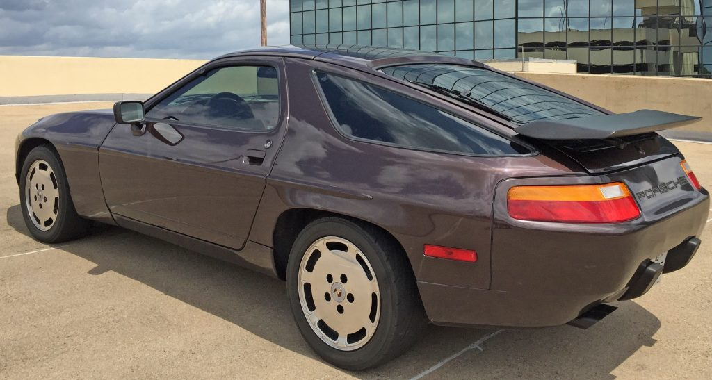 Porsche 928 S4 rear three quarters