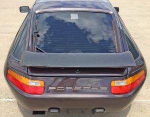 Porsche 928 S4 rear
