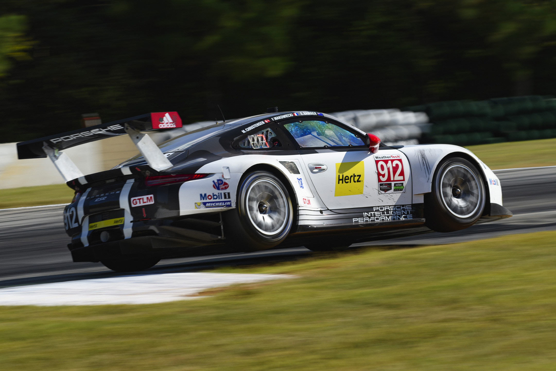 bbs wheels on porsche motorsports car action