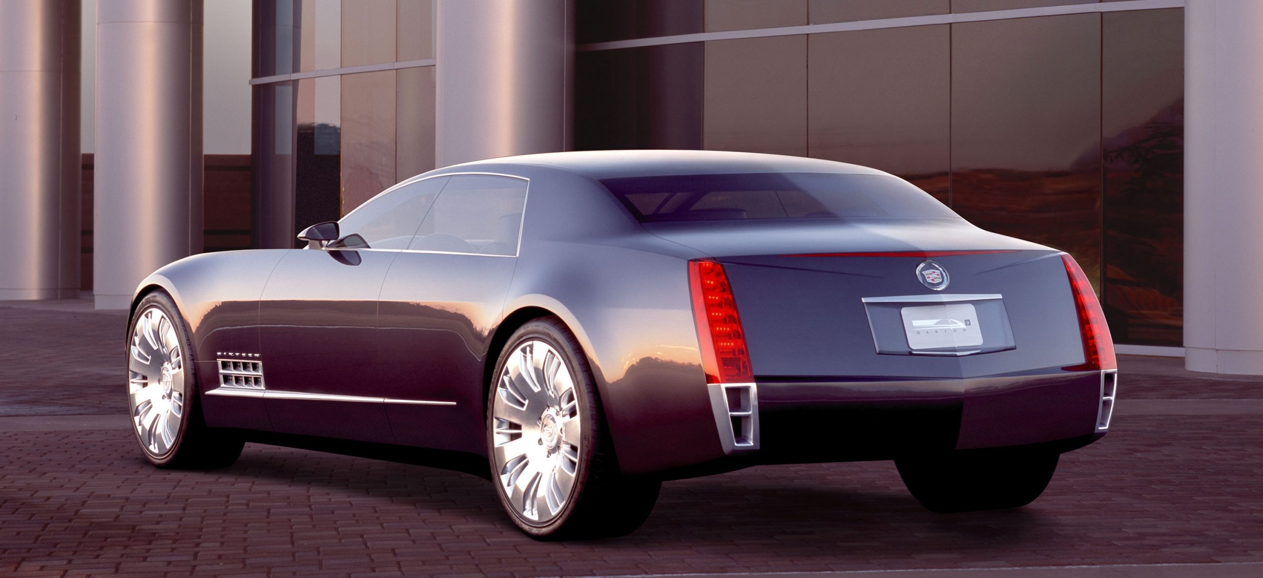 Cadillac Sixteen Concept Exterior Rear Three-Quarter