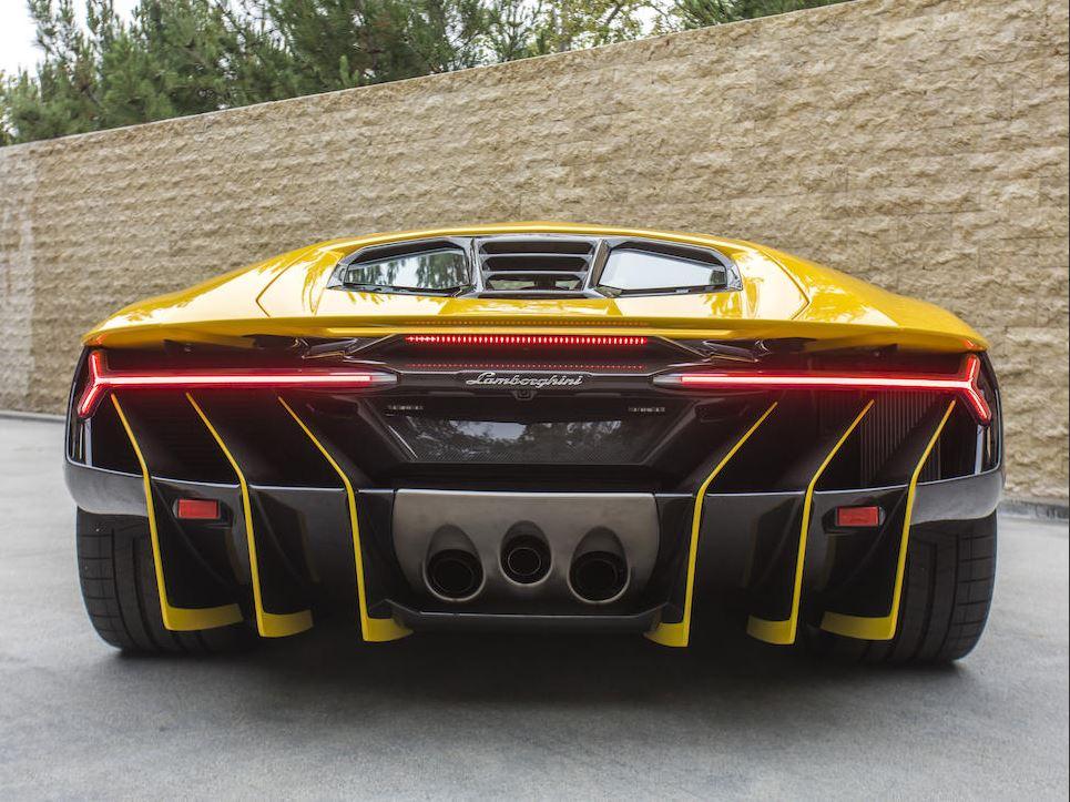 Lamborghini_Centenario_Rear