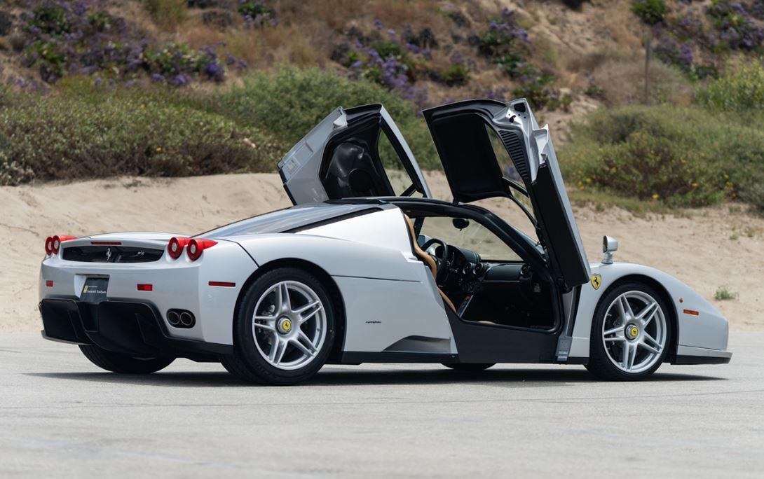Ferrari_Enzo_Rear_ThreeQuarter