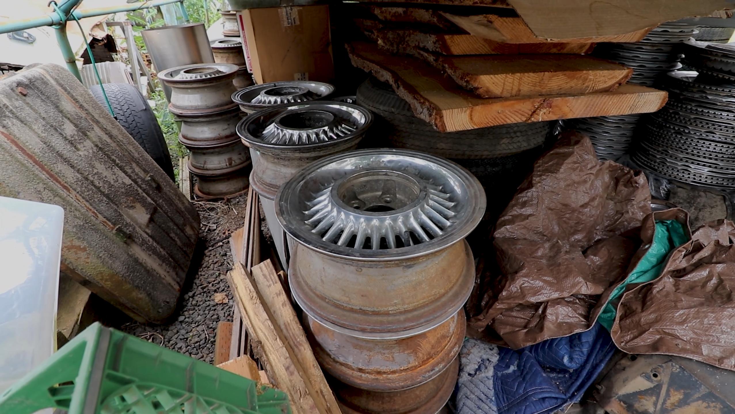 old vintage cadillac wheels