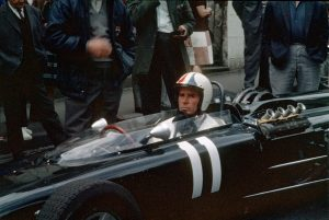 James_Garner,_1966,_Royat,_tournage_du_film_Grand_Prix