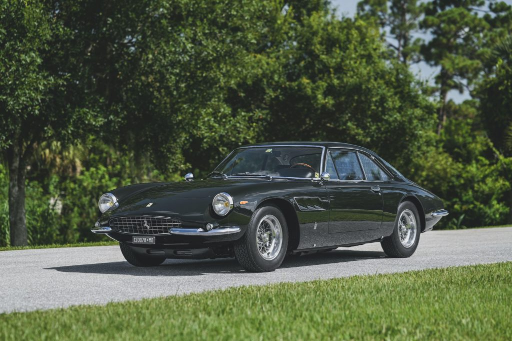 Ferrari 500 Superfast front three-quarter