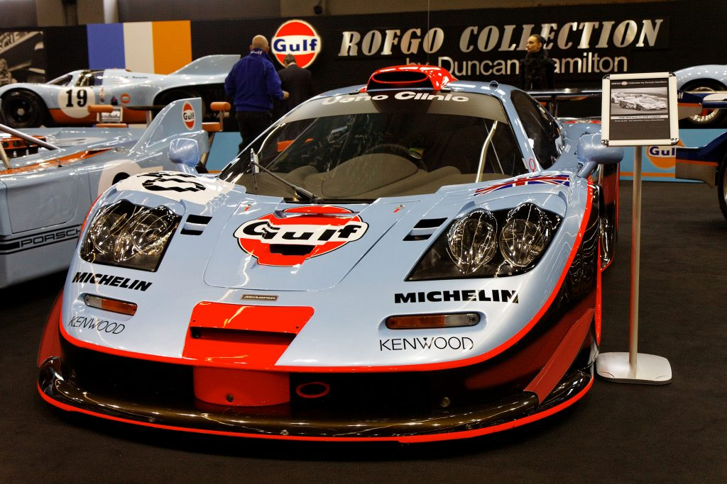 Rétromobile_2011_-_Mc_Laren_F1_GTR_Longtail_-_1996_-_001