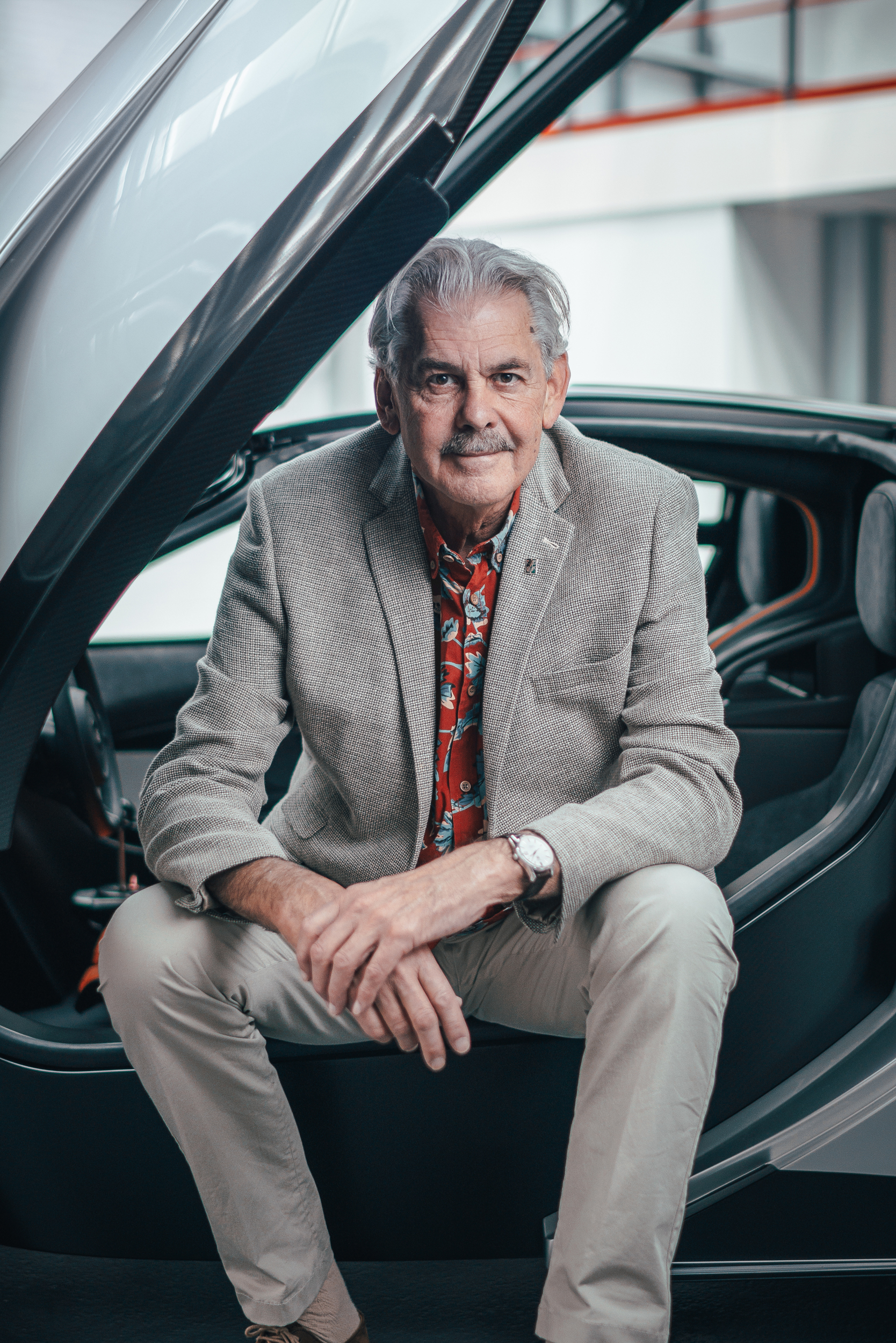 T50 Gordon Murray seated