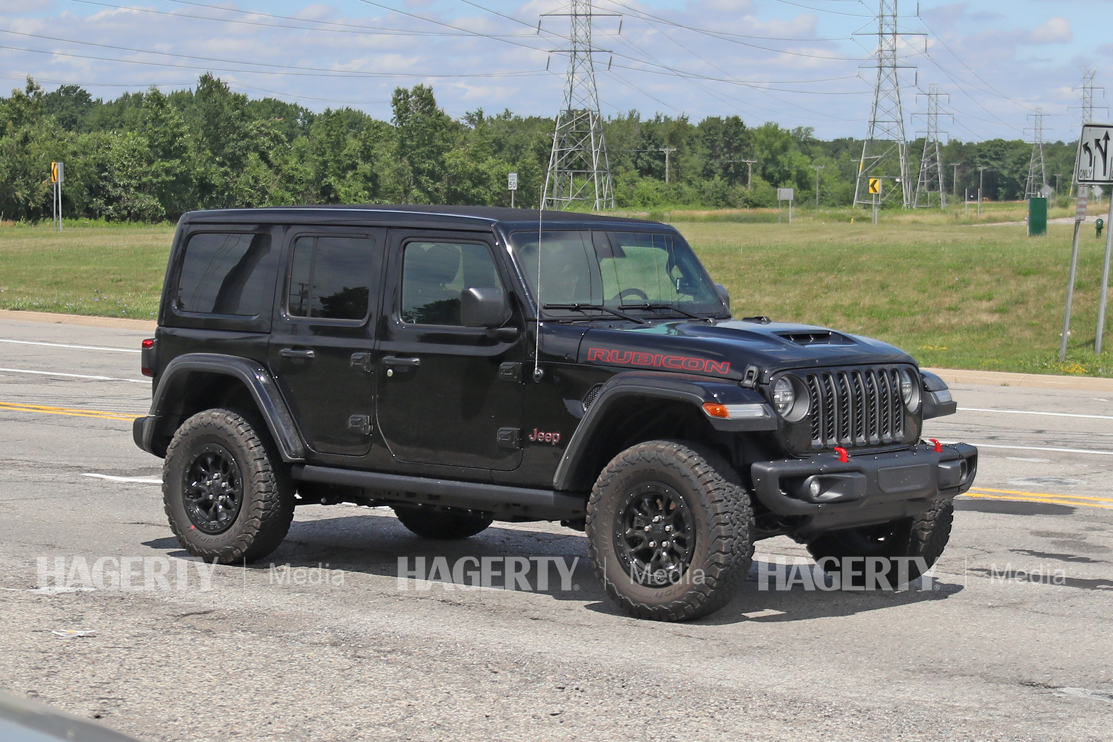 Jeep Wrangler Rubicon HEMI V8 Prototype front three-quarter