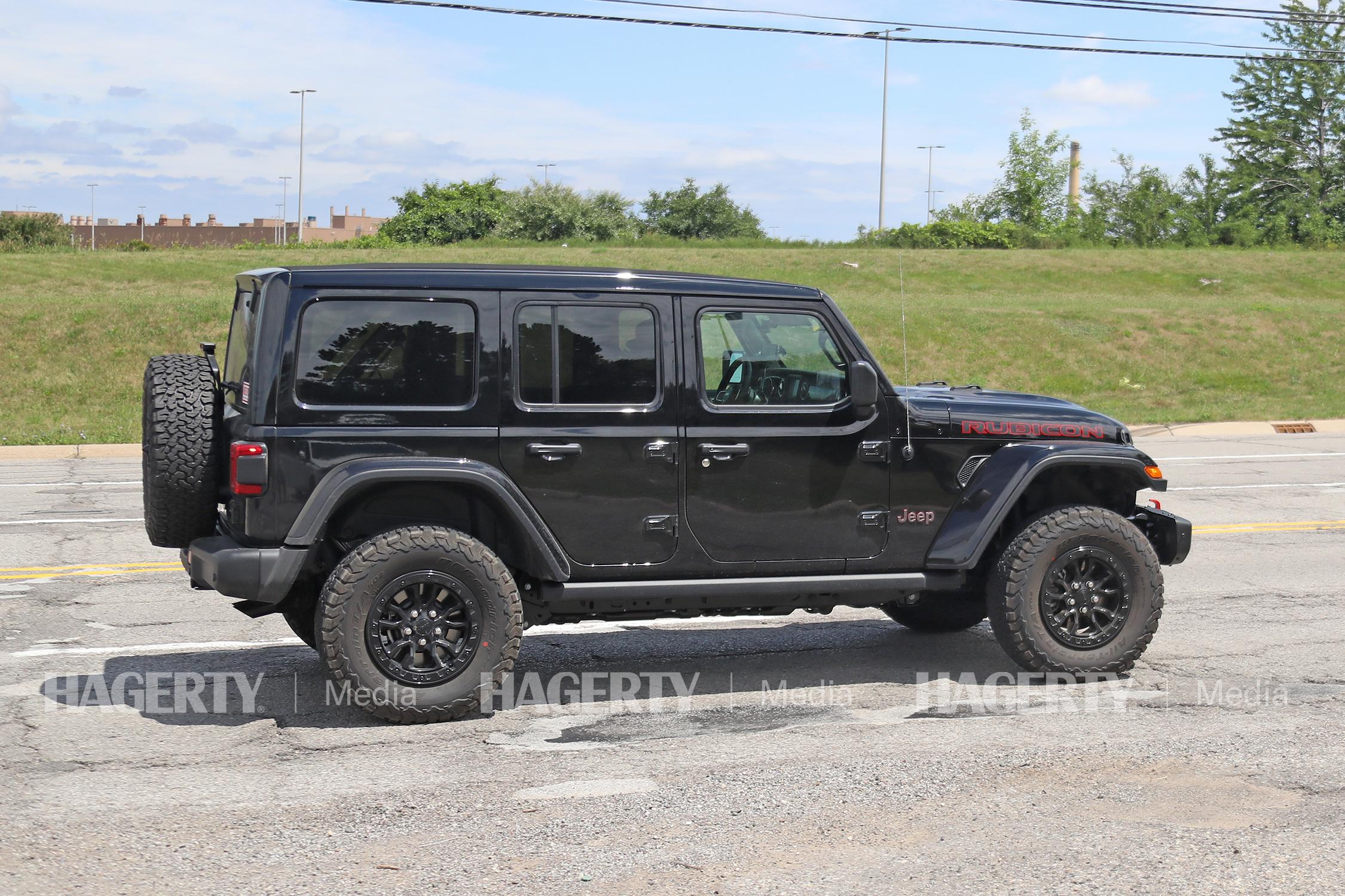 Jeep Wrangler Rubicon HEMI V8 Prototype side profile