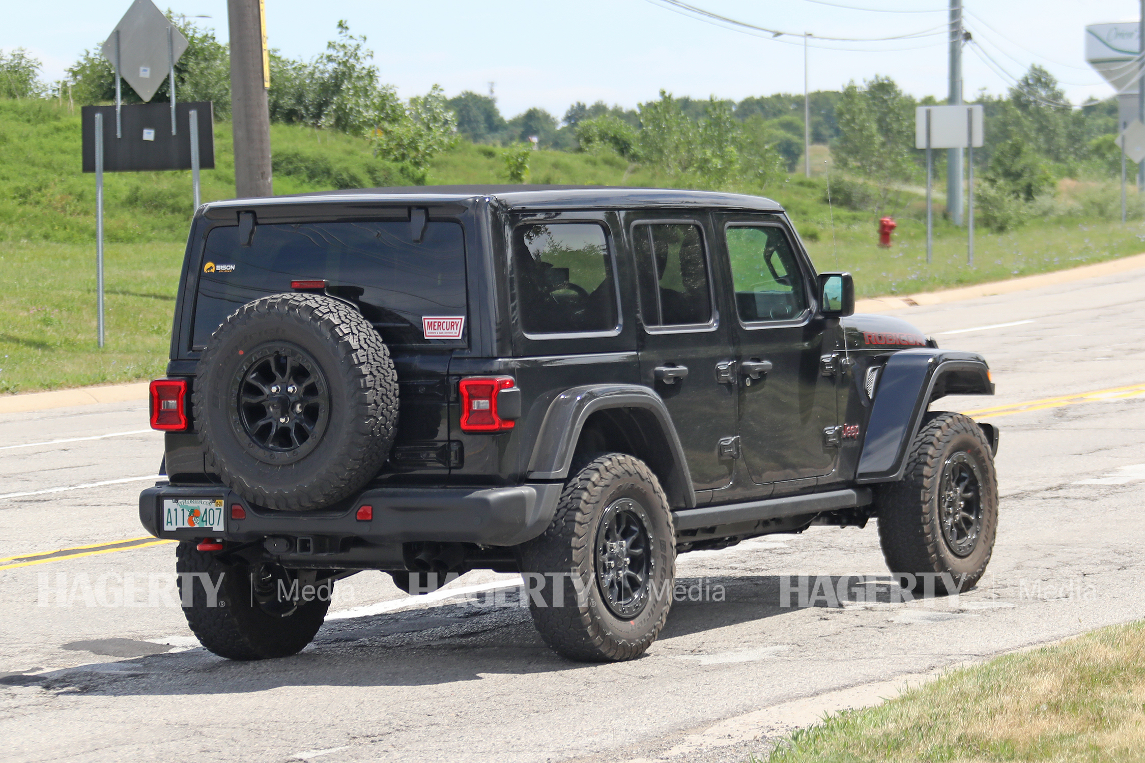 Jeep Wrangler Rubicon HEMI V8 Prototype rear three-quarter