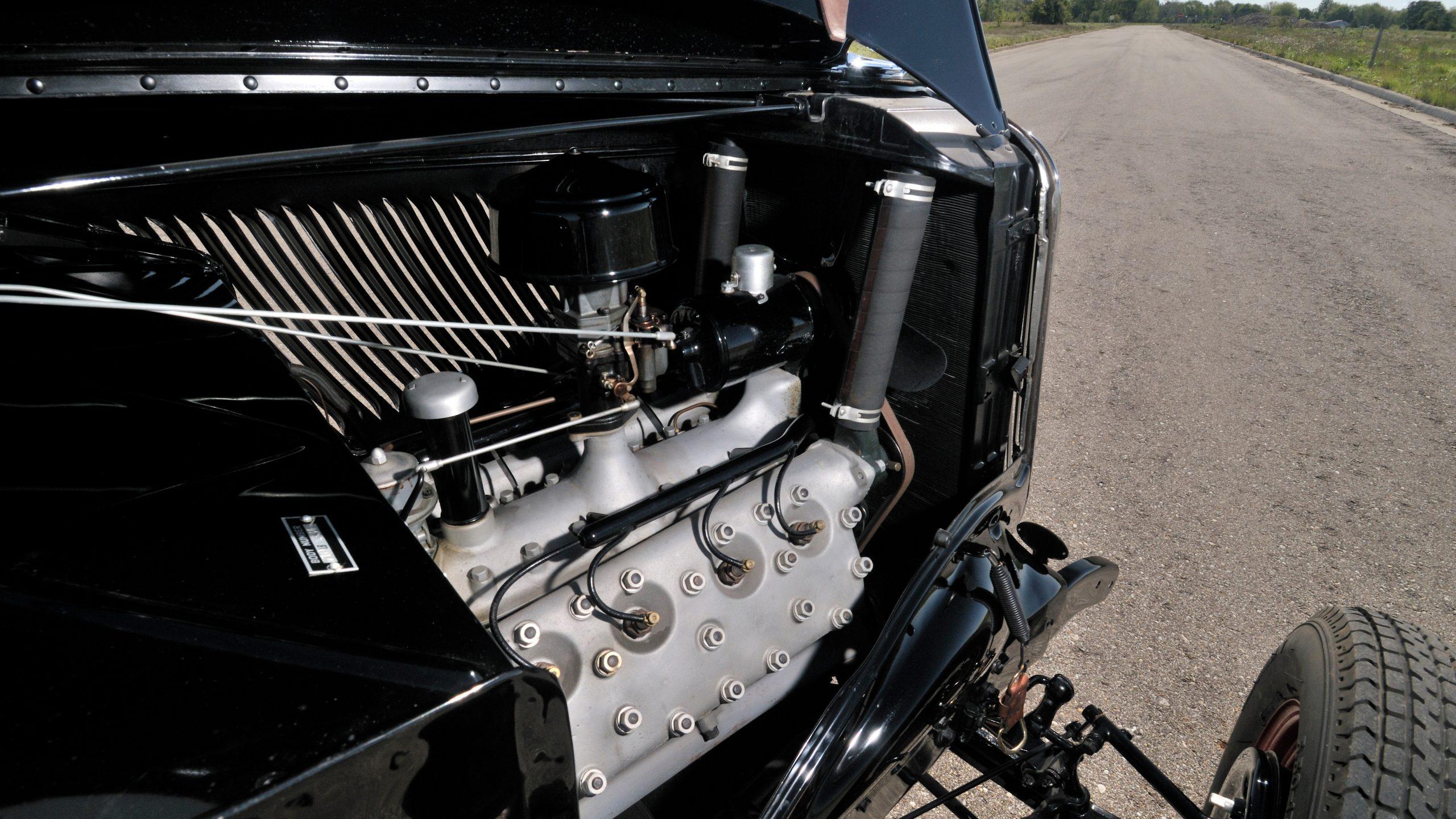 1933 Ford flathead V-8 engine