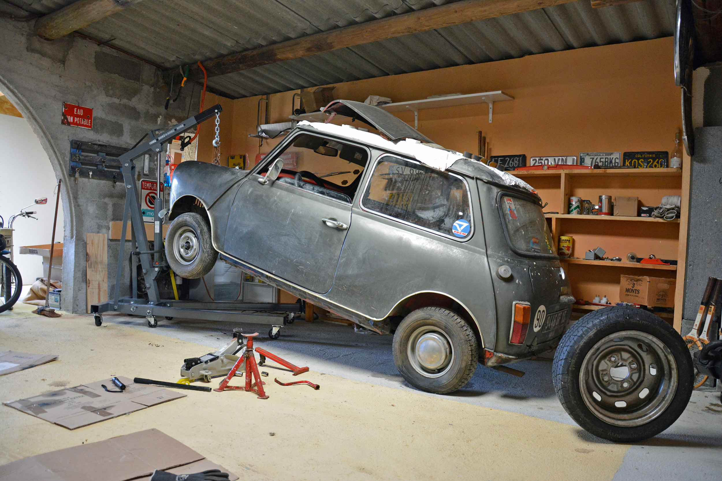 1972 Mini Front Lifting Rear Three-Quarter