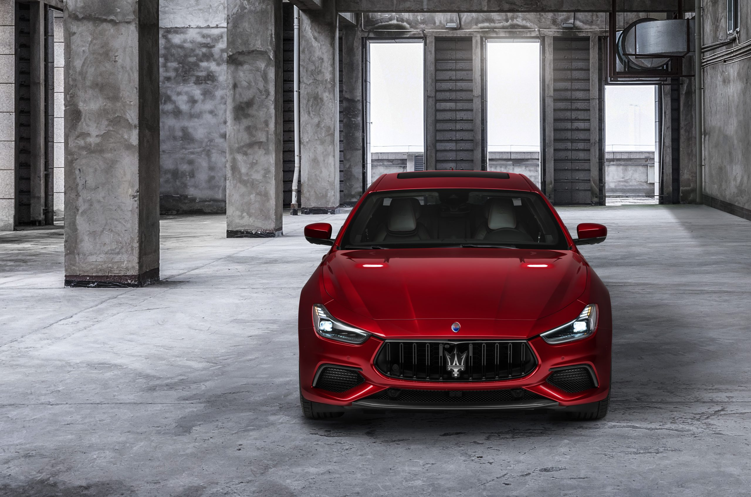 red trofeo ghibli front