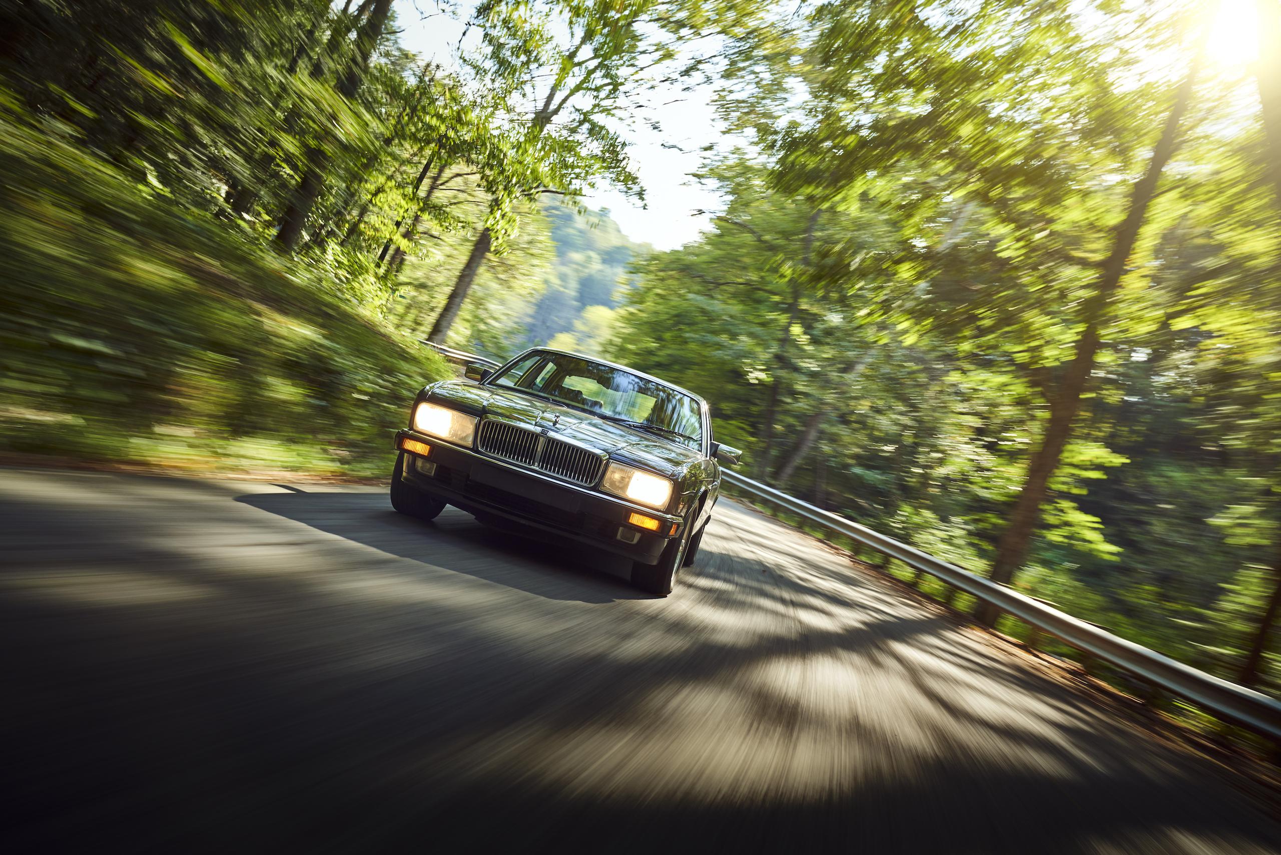 Jaguar XJ6 front dynamic road action