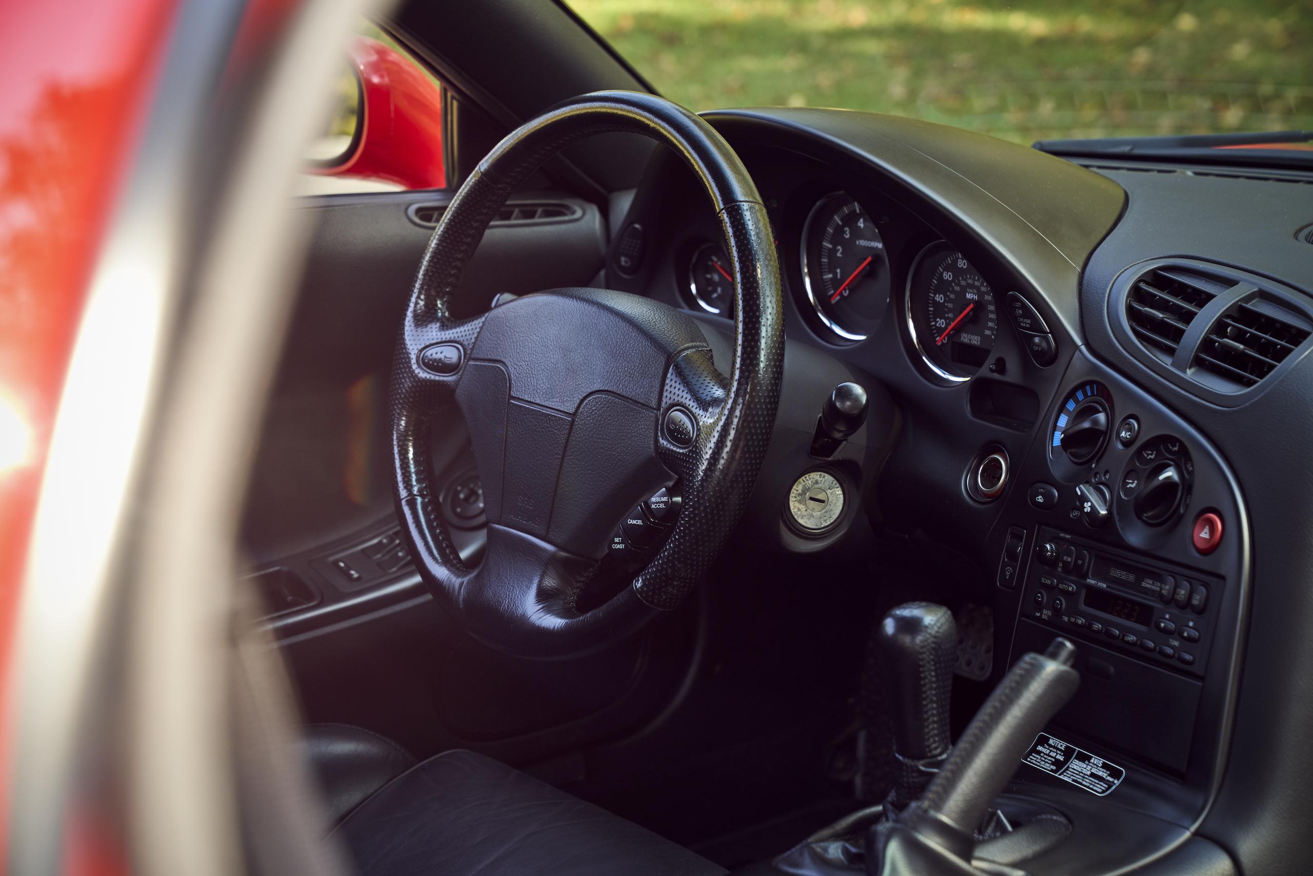 Mazda RX-7 front interior steering wheel