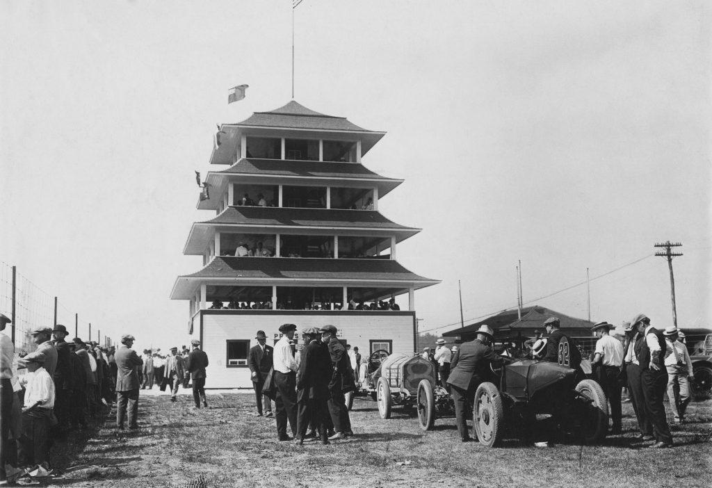 1913 indy 500 marmon National pagoda