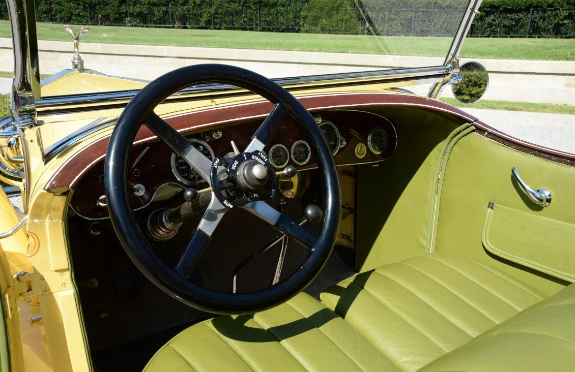 robert redford gatsby rolls-royce interior