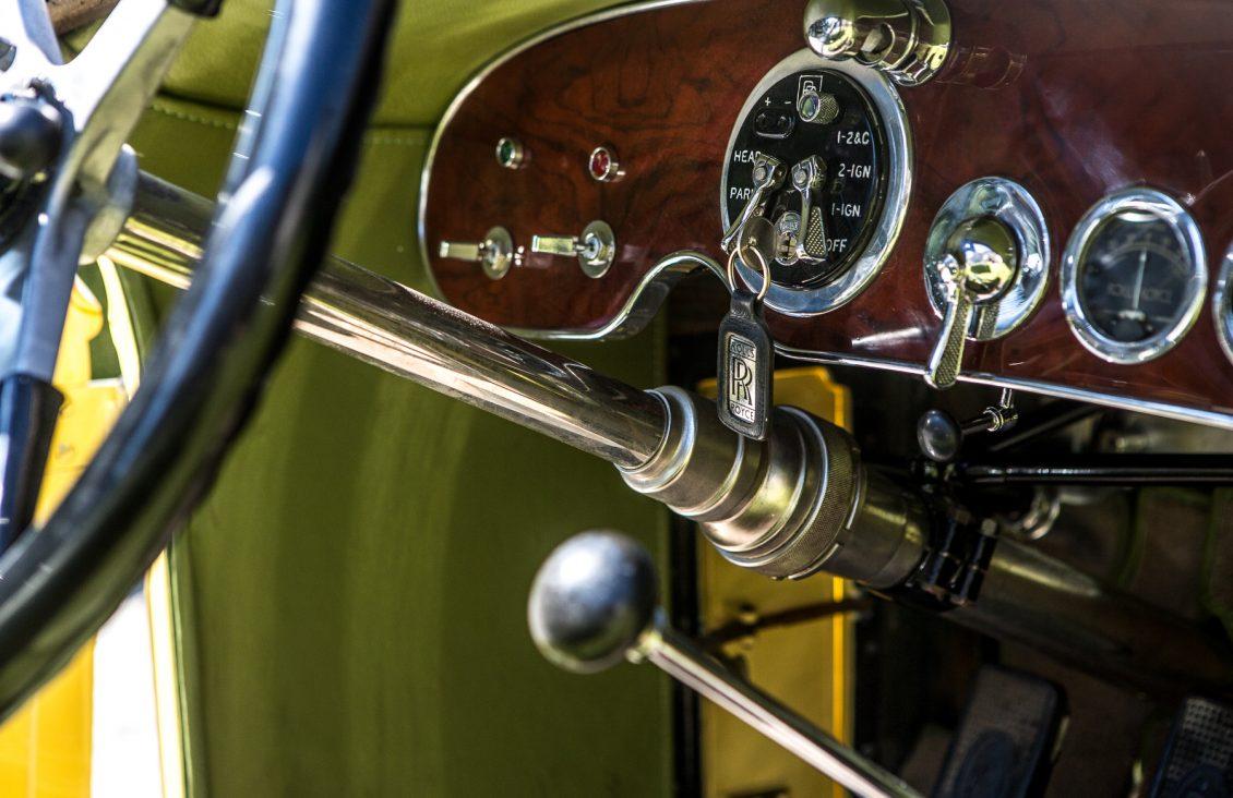 robert redford gatsby rolls-royce gauges
