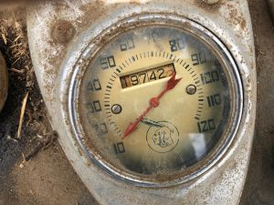 vintage barn find 1948 Indian Chief speedometer