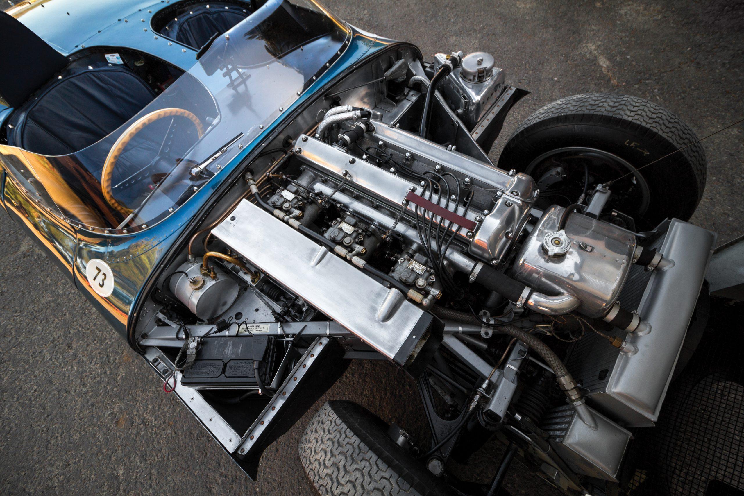 1955-Jaguar-D-Type engine