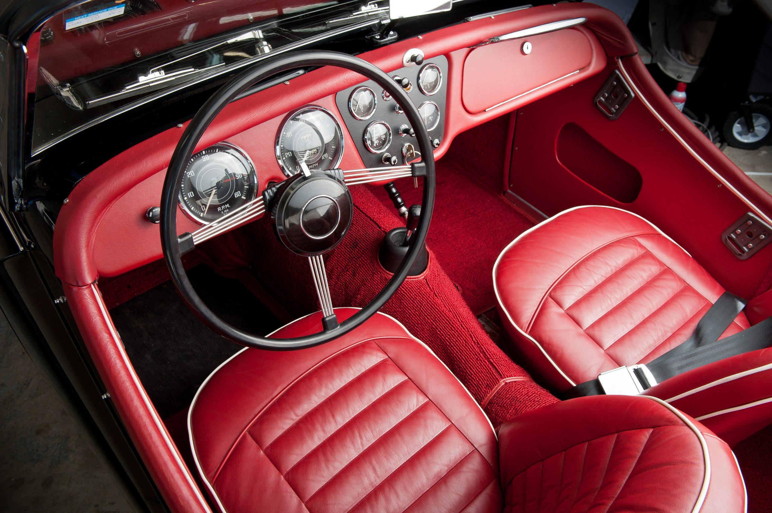 1958-Triumph-TR3A-Roadster-interior