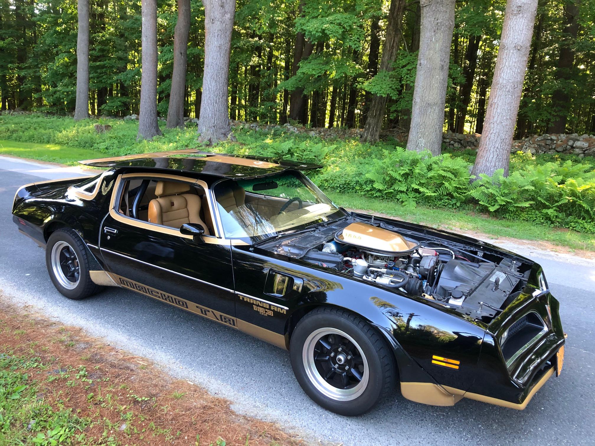1978 Pontiac DKM Macho Trans Am front three-quarter