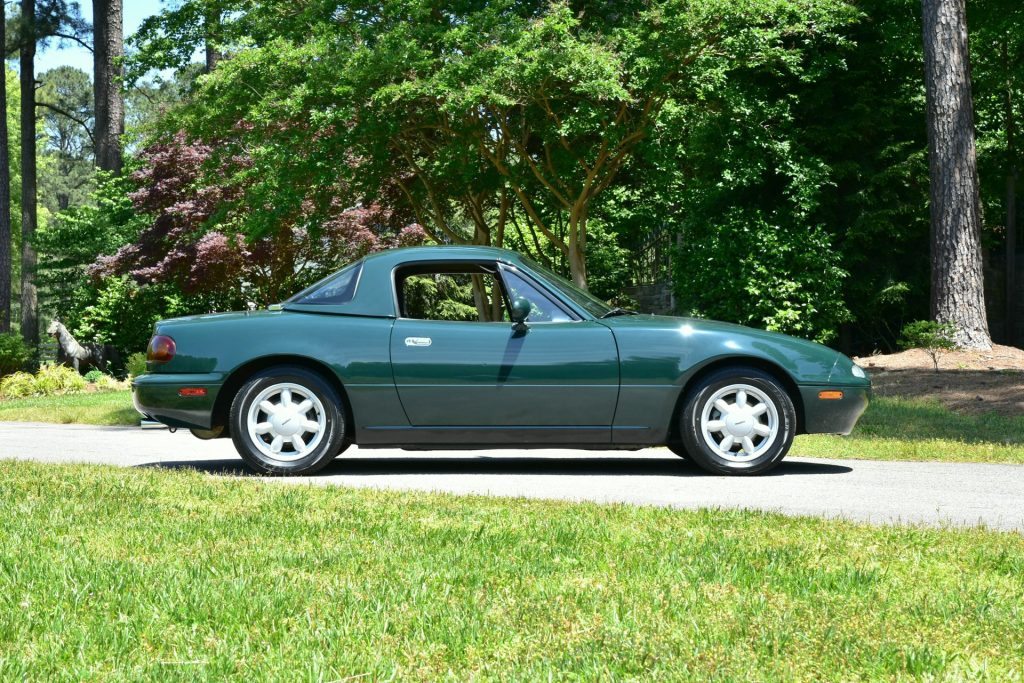1991 Mazda Miata Special Edition side profile