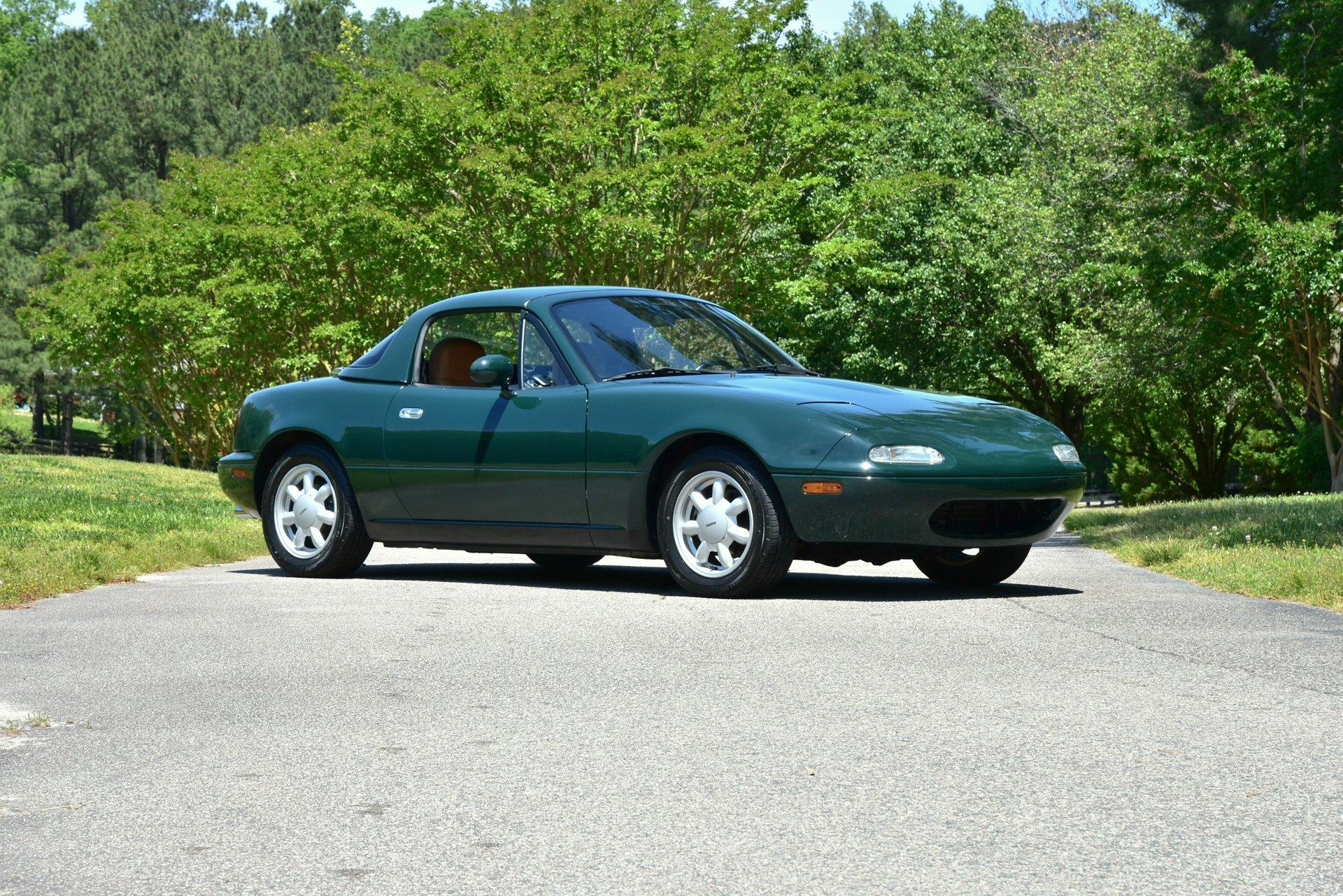 1991 Mazda Miata Special Edition front three-quarter