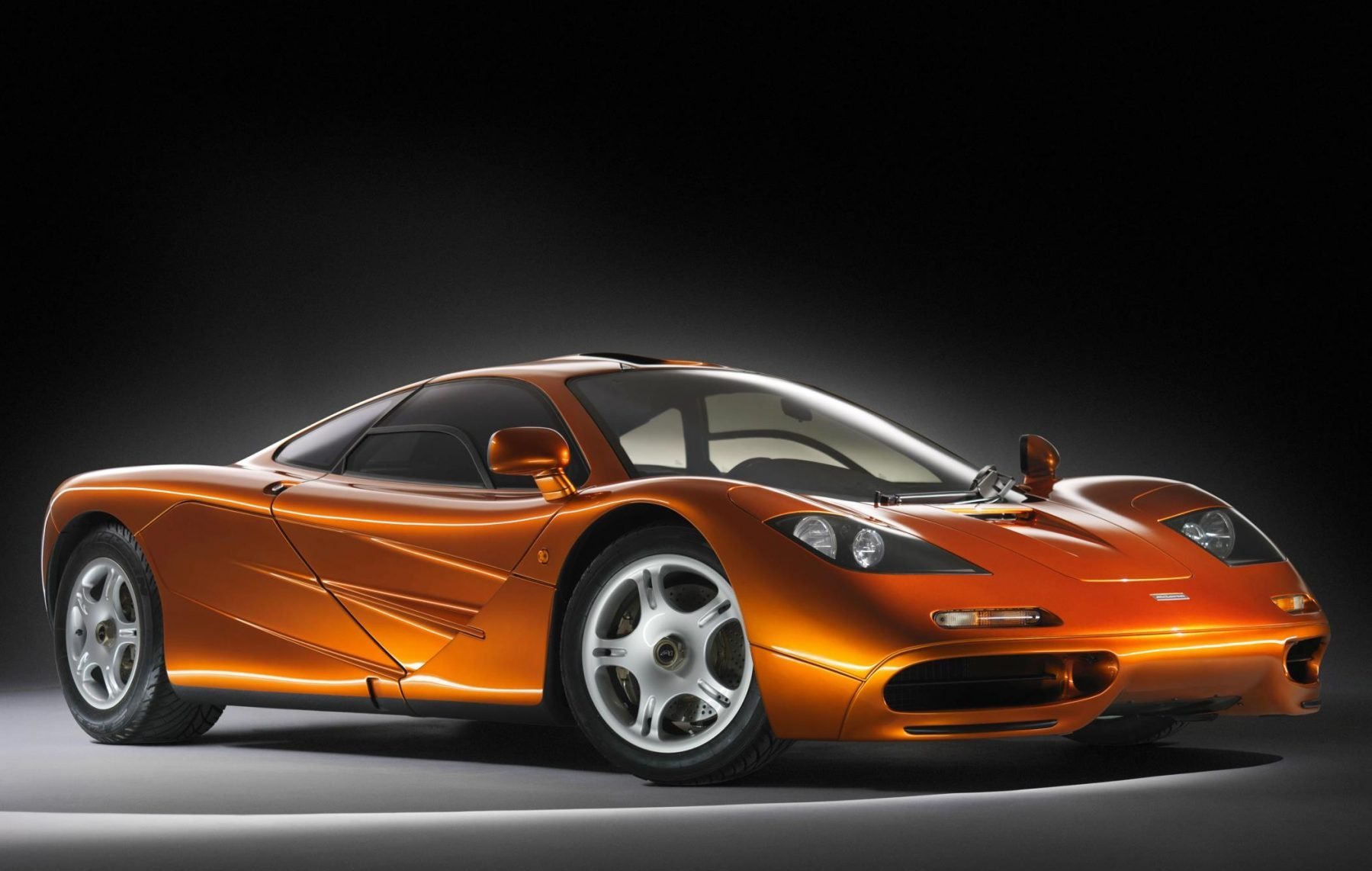 McLaren F1 front three-quarter