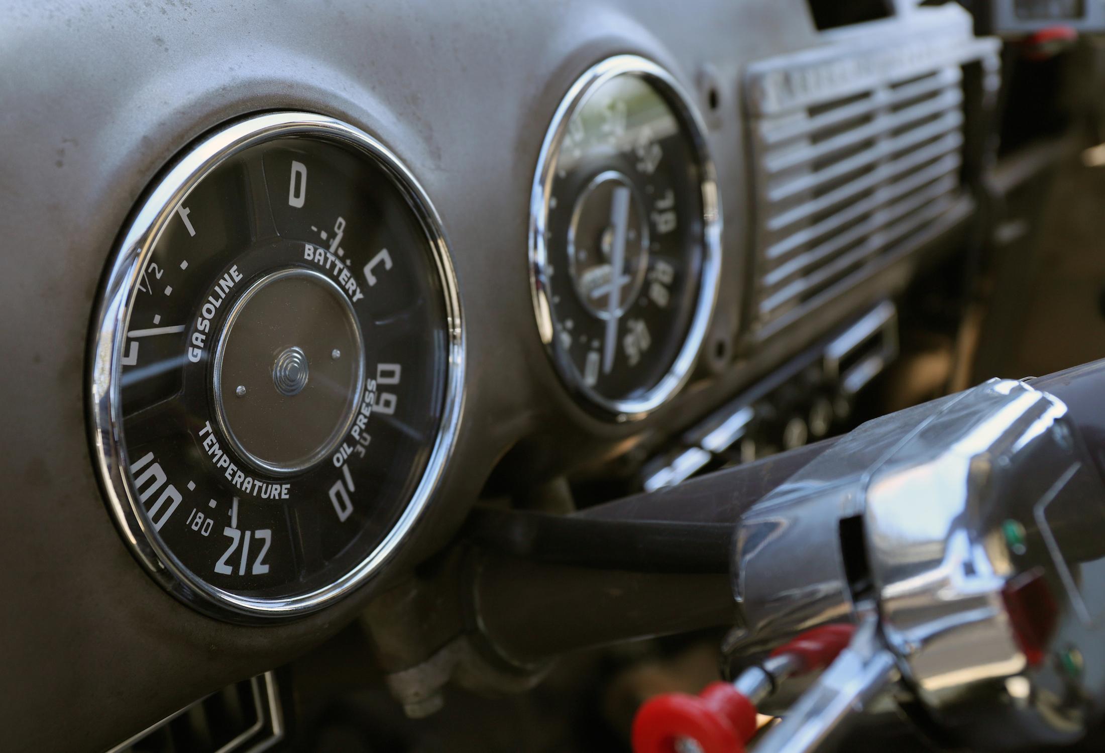 2020-07-181953 GMC 100 Panel Truck Ugly instruments gauge retro vintage