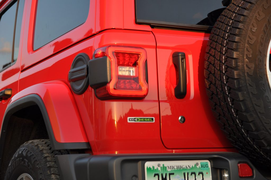 2020 jeep wrangler ecodiesel engine badge rear
