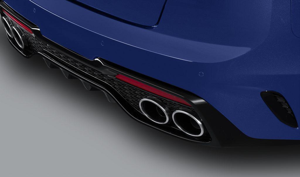2021 Kia Stinger - exhaust
