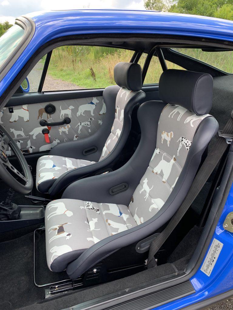porsche 911 safari car interior cockpit seat animals