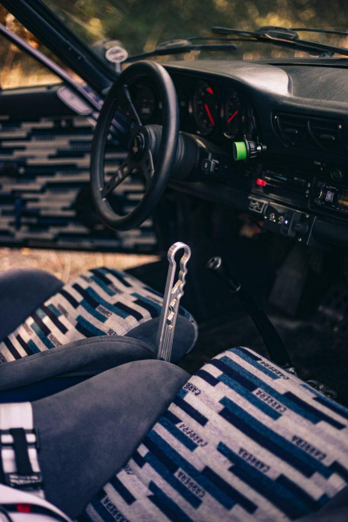 Resolute Overland interior drift brake lever