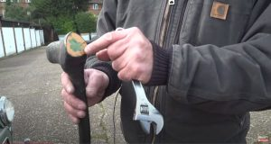 Barn Find Hunter UK - Bernie domonstrates Irish shillelagh