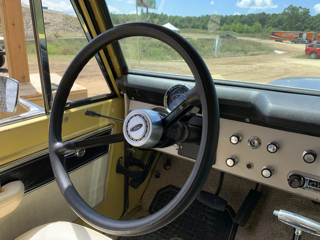 Boss Bronco interior steering wheel