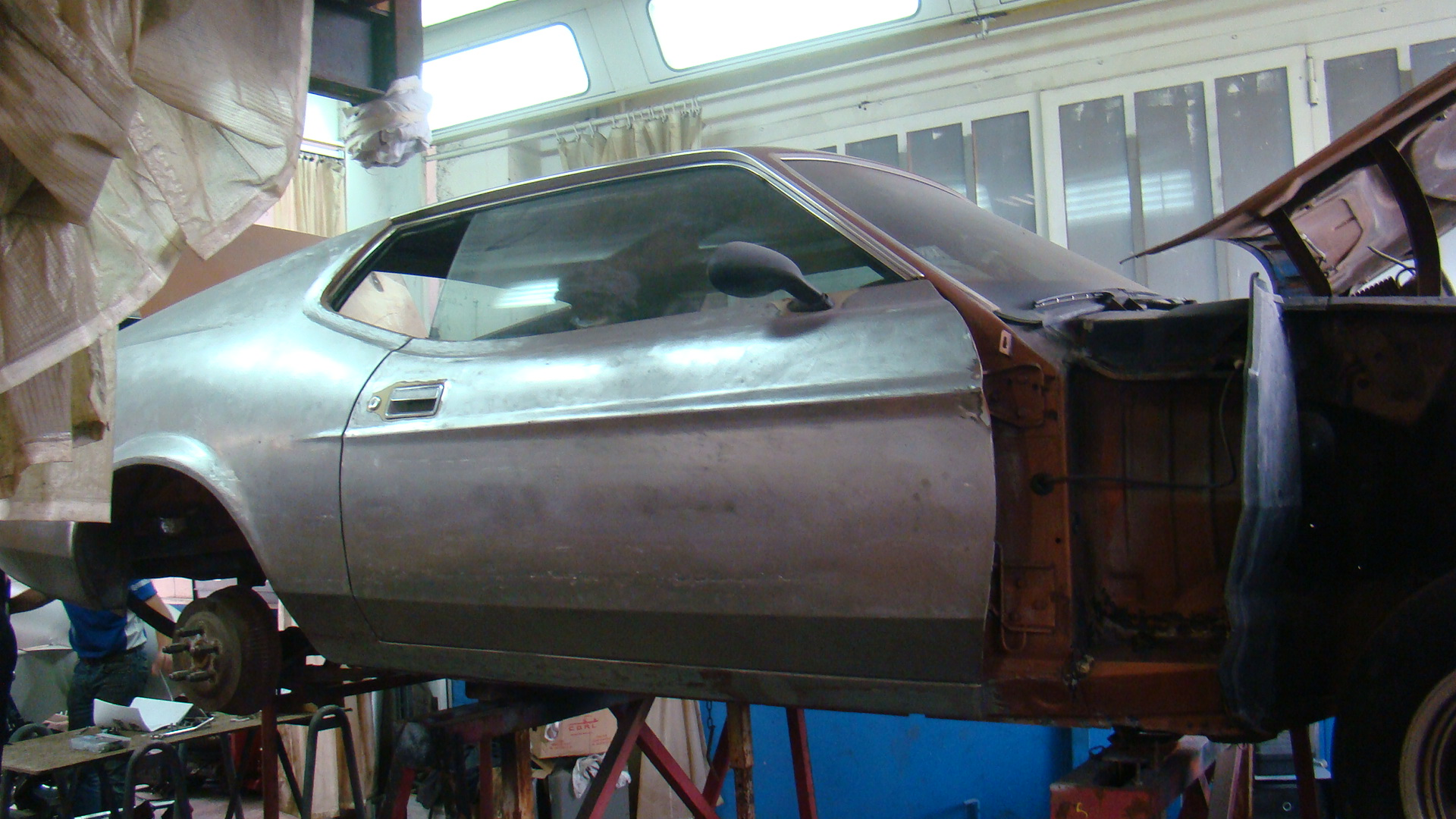 1973 Ford Mustang Mach 1 body mid-restoration France