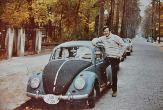 1963 VW Beetle reader ride vintage photo cars