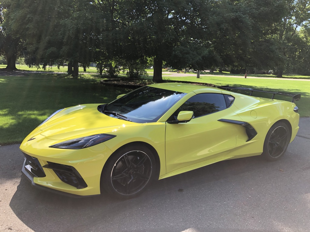 c8 mid engine corvette stingray front three-quarter
