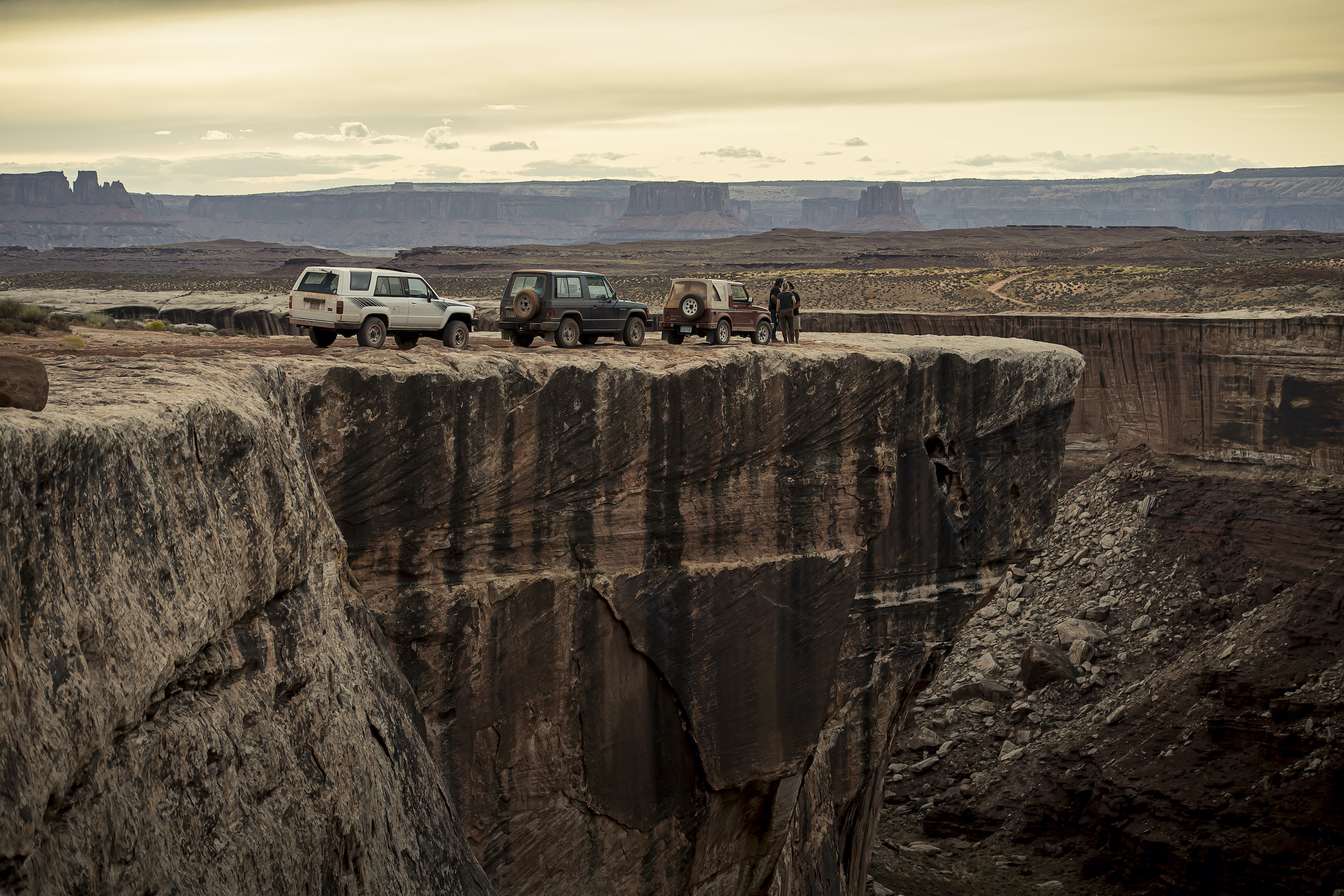 Mitsubishi Montero Suzuki Samurai Toyota 4Runner Canyonlands Moab Utah overlook