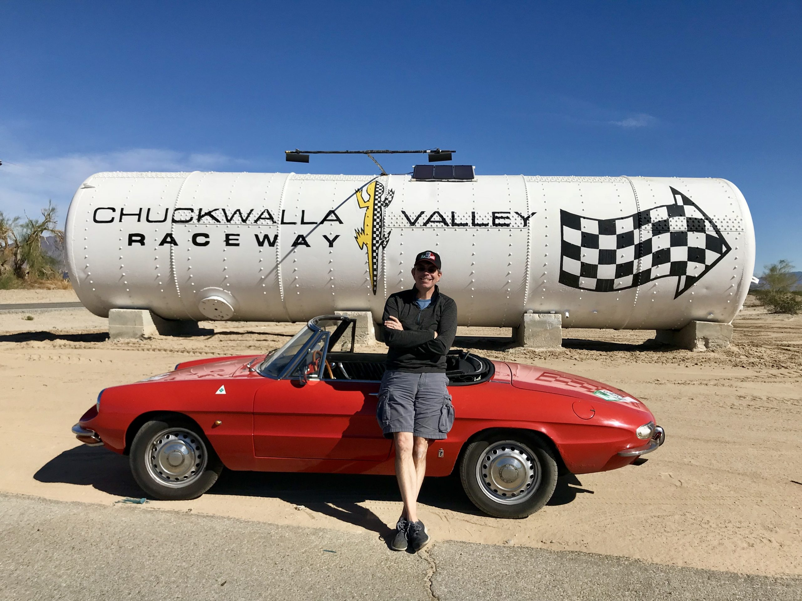 photographer Ingo Schmoldt with alfa duetto chuckwalla valley raceway