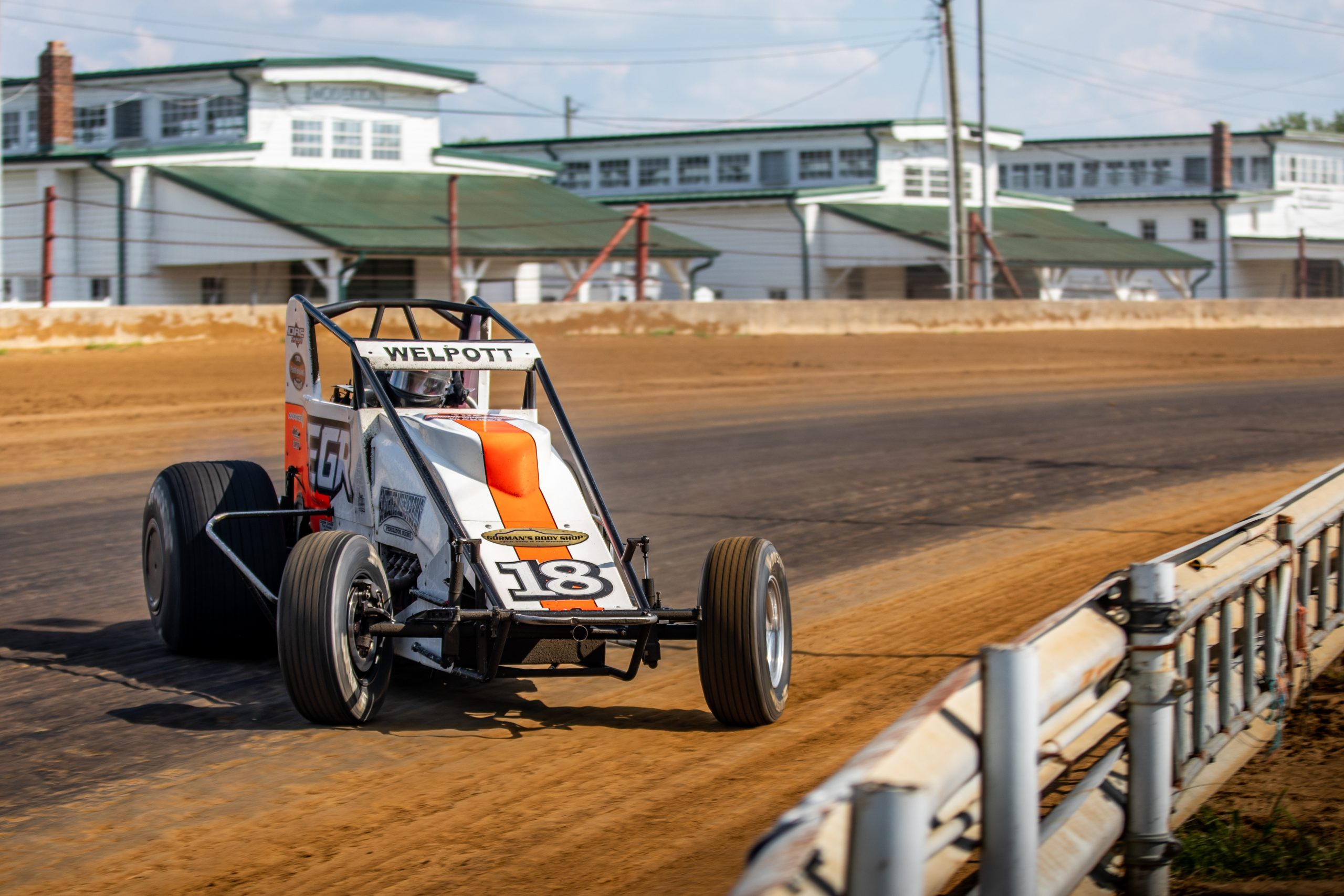 Silver Crown champ car hoosier hundred front three-quarter dynamic race action