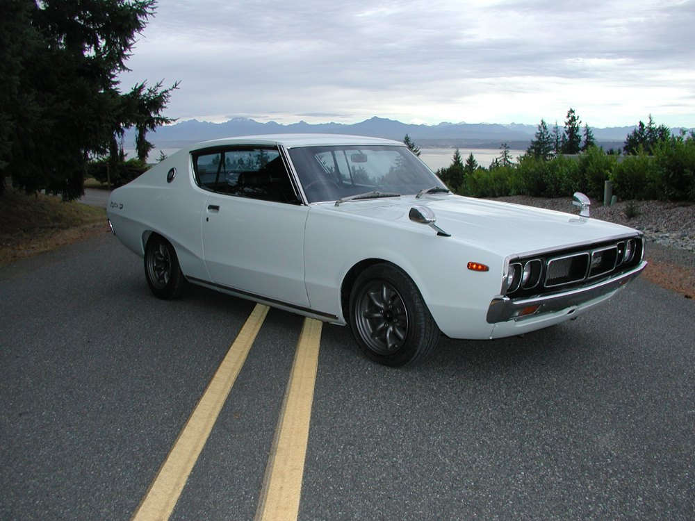"JDM story - Nissan Skyline ""kenmeri"" coupe - full passeger side front"