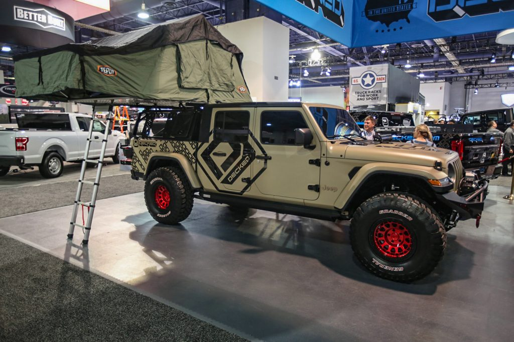 Jeep roof top tent SEMA 2019 Gladiator Rubicon