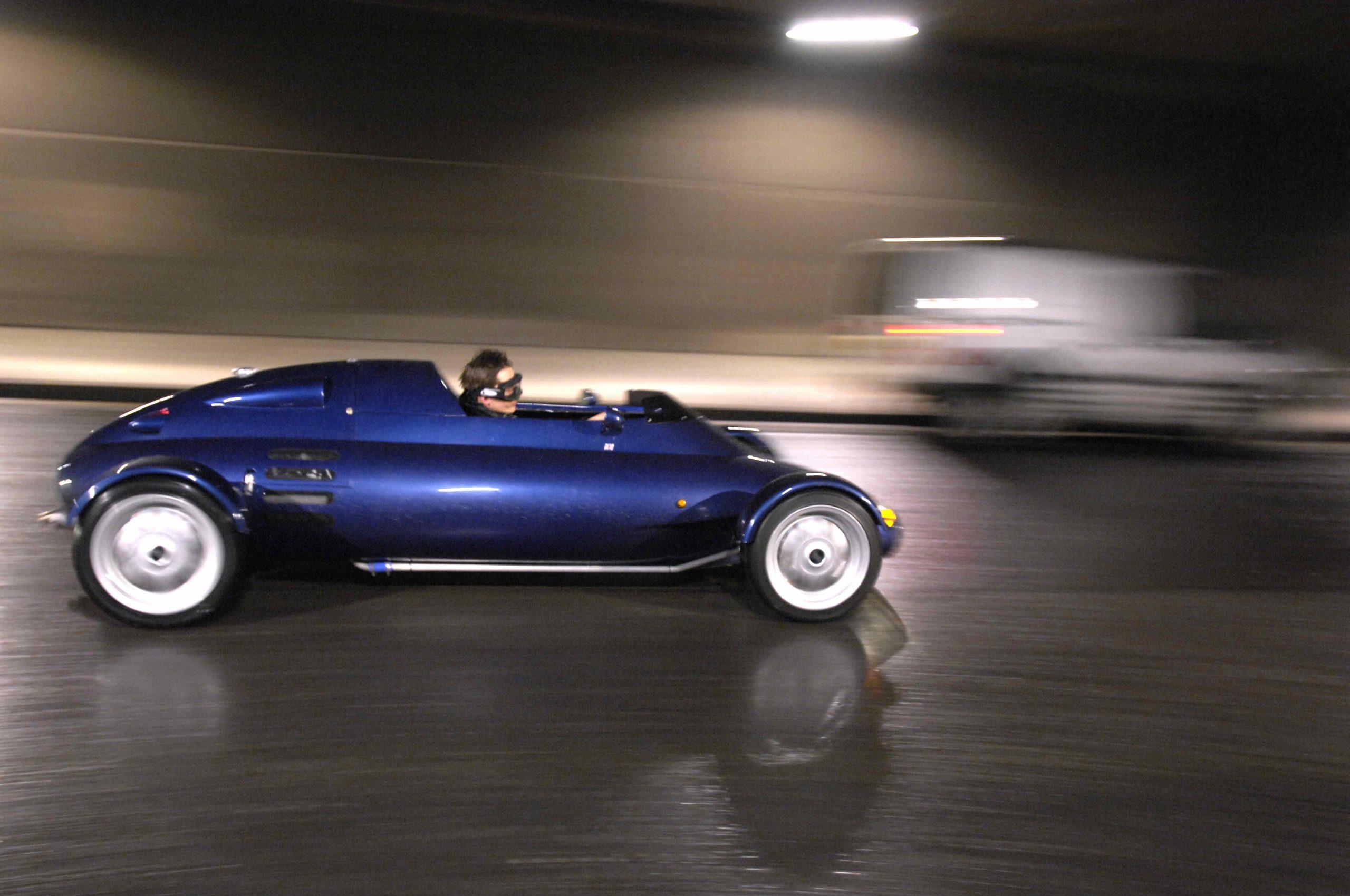 Rocket car side profile dynamic road action